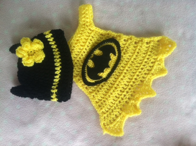 Free Crochet Pattern For Batman Hat : Batgirl cape and hat Family Bugs Blogging