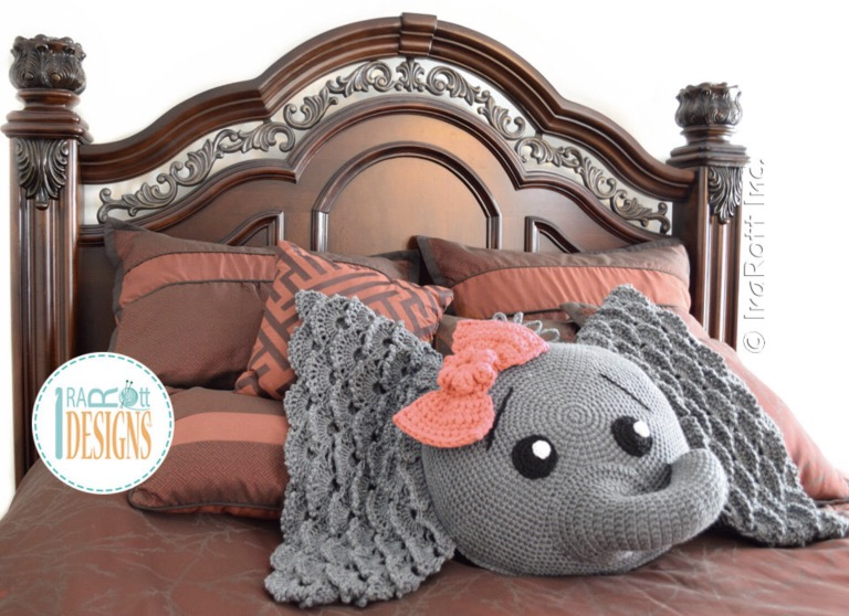 The Sweetest Crochet Elephant Patterns To Try | The WHOot | 558x768